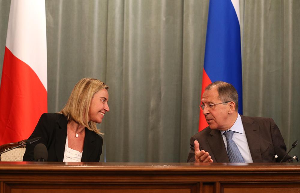 Министр иностранных дел Италии Федерика Могерини и глава МИД РФ Сергей Лавров