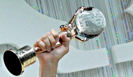 """Награда кинофестиваля """"Хрустальный глобус"""" в Карловых Варах"""
