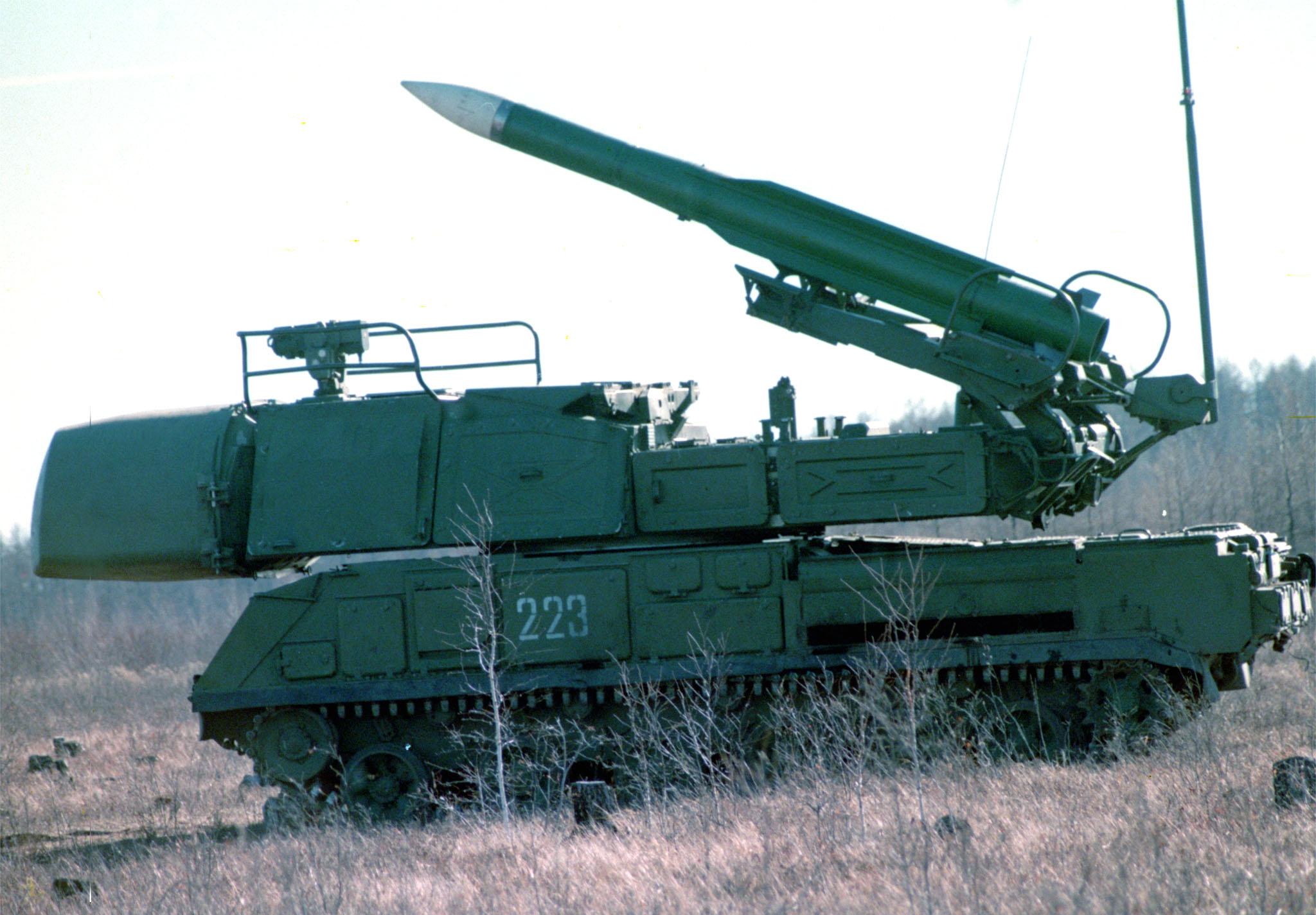 """Зенитно-ракетный комплекс средней дальности """"Бук"""""""