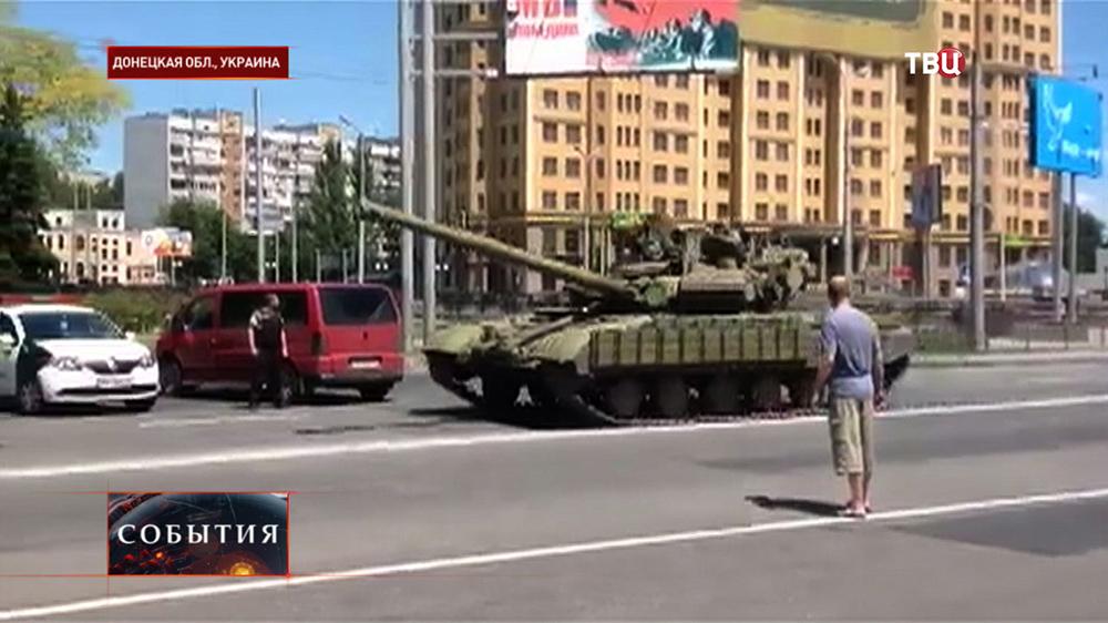 Военная техника ополченцев ДНР в Донецкой области