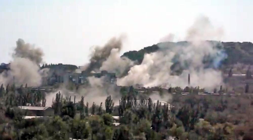 Обстрел Нацгвардией Украины жилого сектора
