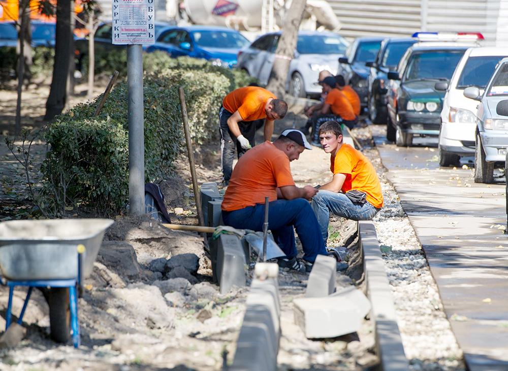 Строительство новой пешеходной зоны