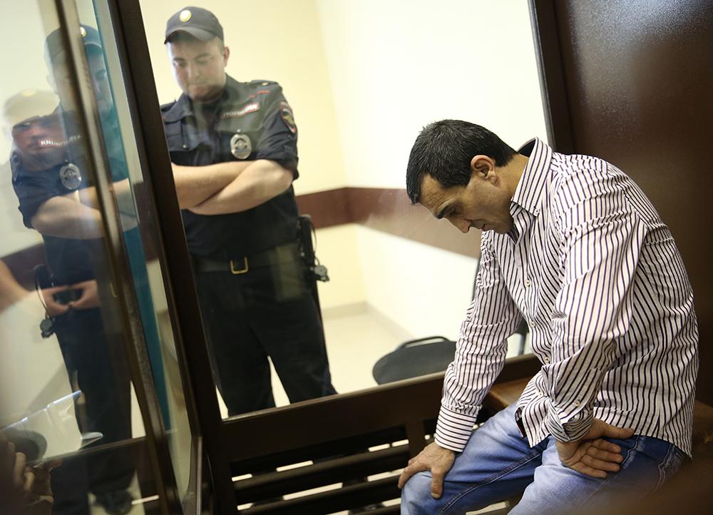 Водитель КАМАЗа Грачья Арутюнян в суде