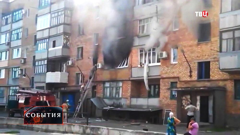 Последствия обстрела жилых кварталов Нацгвардией Украины