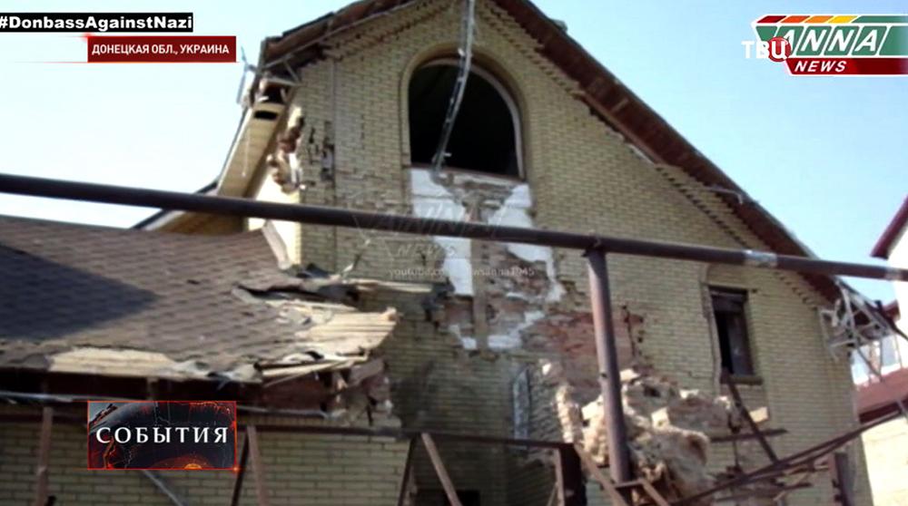 Разрушения в Донецке после артобстрела Нацгвардией Украины