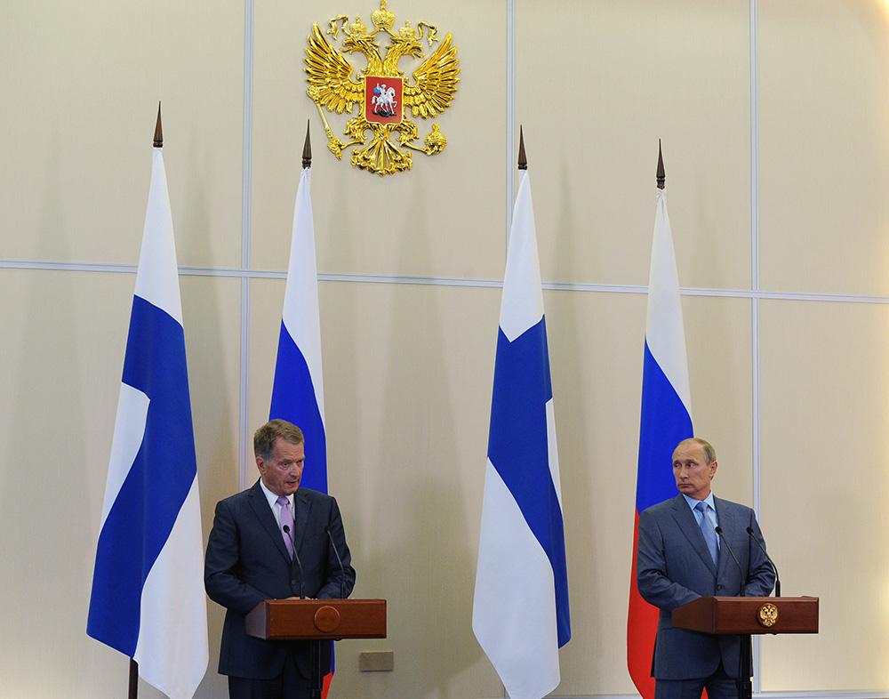 Президент Финляндии Саули Ниинистё и президент России Владимир Путин во время встречи