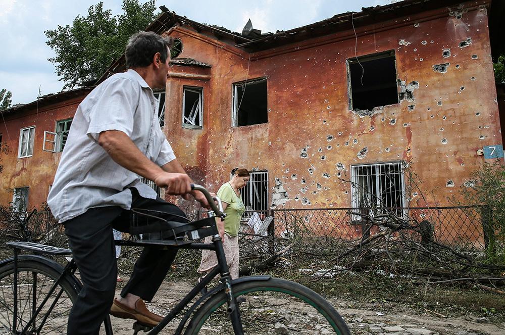 Результат артобстрела украинскими военными пригорода Донецка