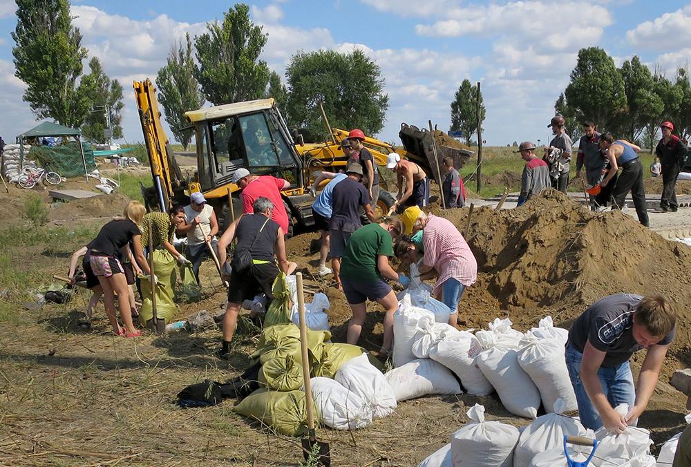 Уборка мусора в Иловайске