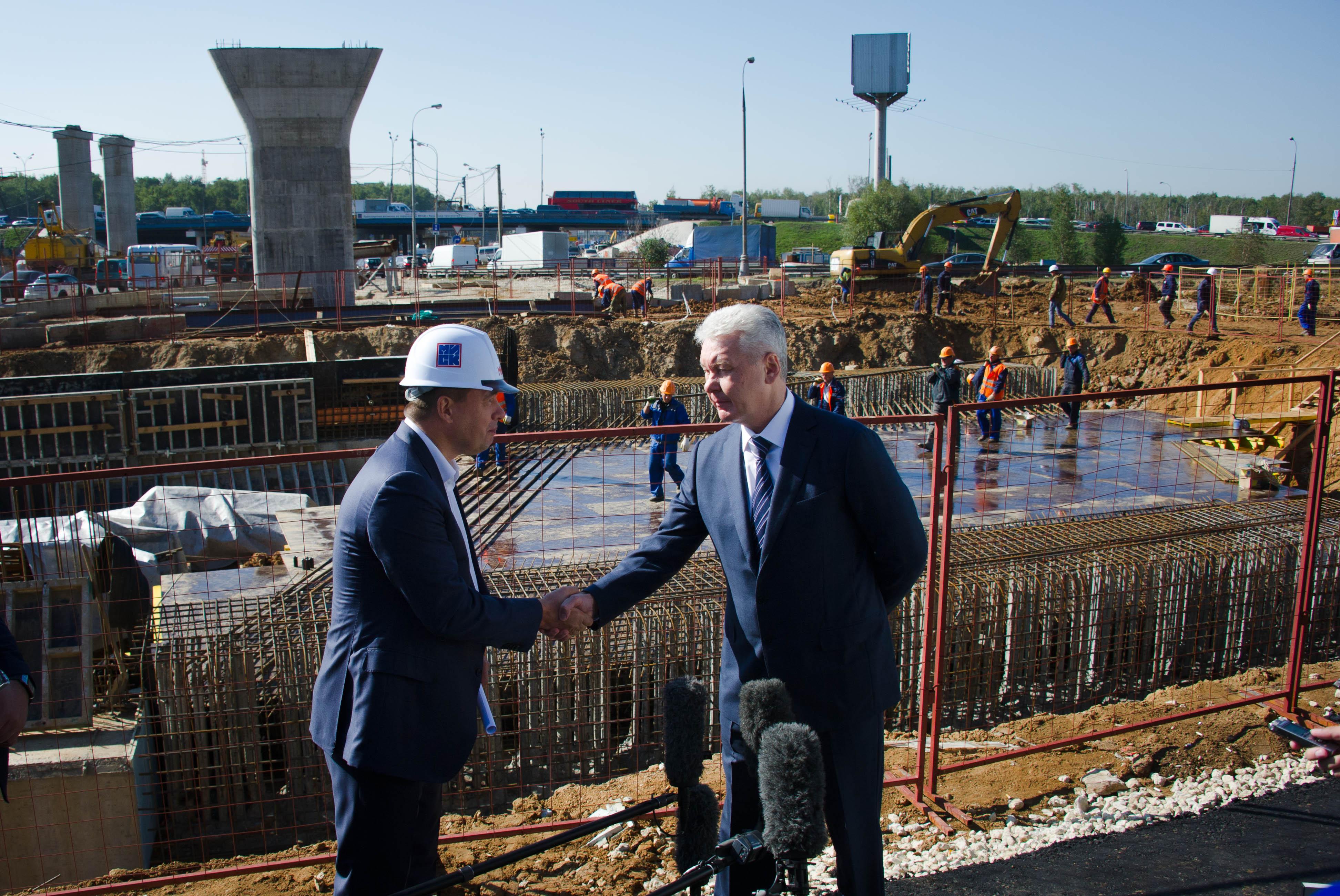 Сергей Собянин на строительстве новой развязки