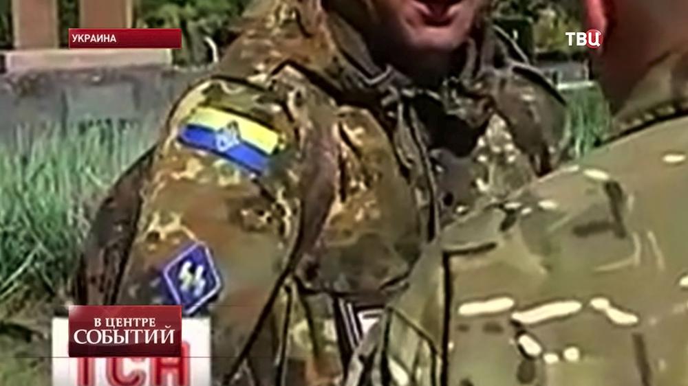 Шеврон подразделения СС на форме бойца Нацгвардии Украины