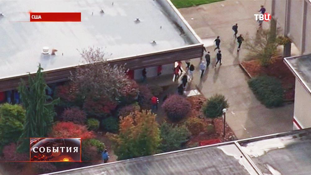 Эвакуация школьников в США
