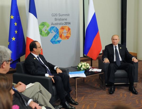 Президент России Владимир Путин и президент Франции Франсуа Олланд