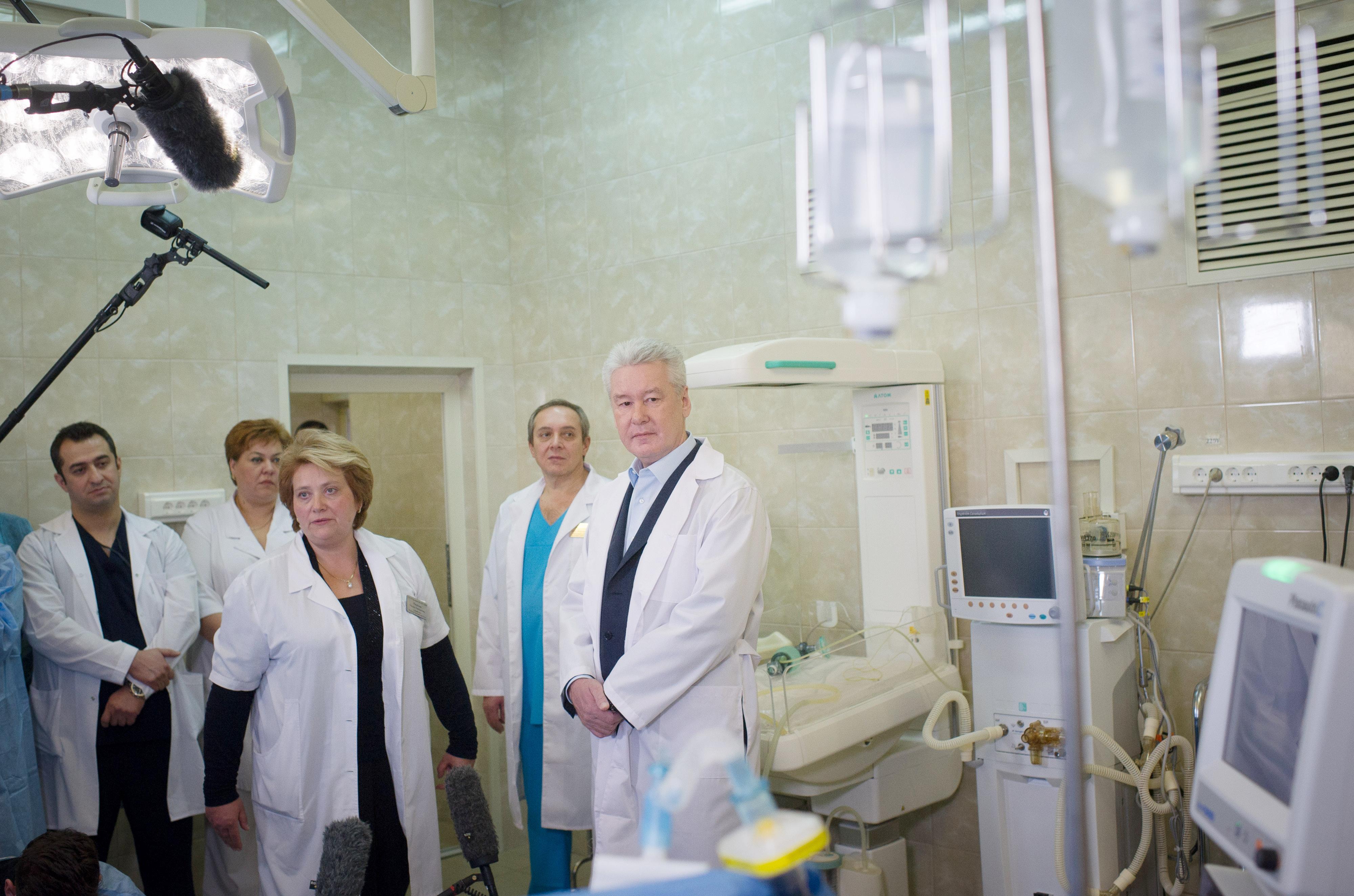 Сергей Собянин осматривает родильный дом №3