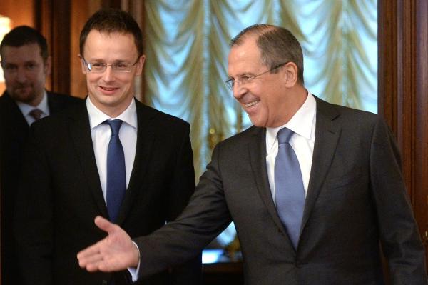 Министр иностранных дел России Сергей Лавров и глава МИД Венгрии Петр Сиярто
