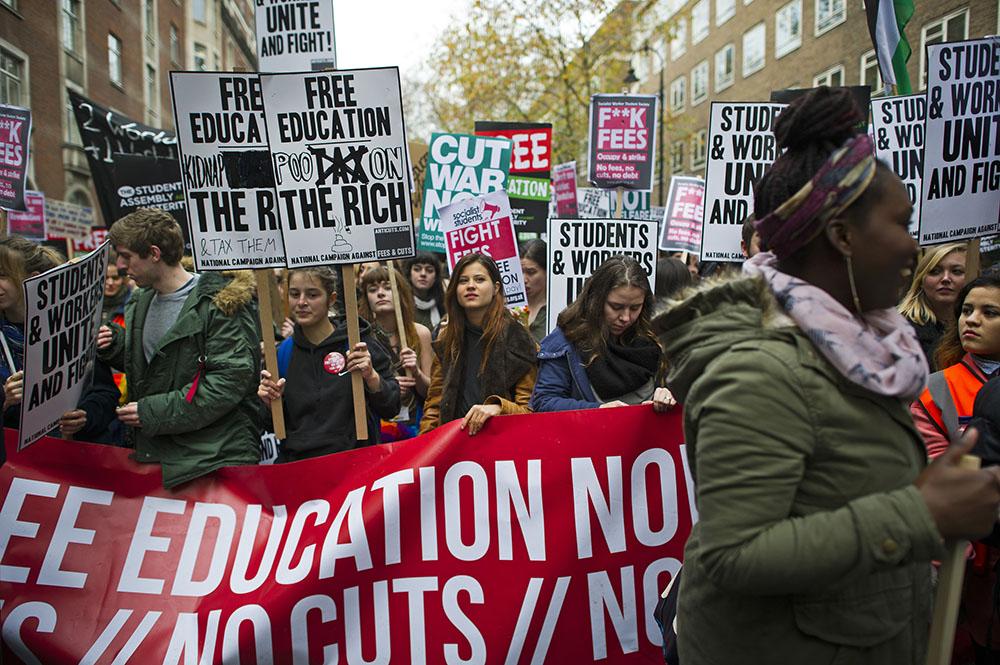 Студенческий митинг в Лондоне