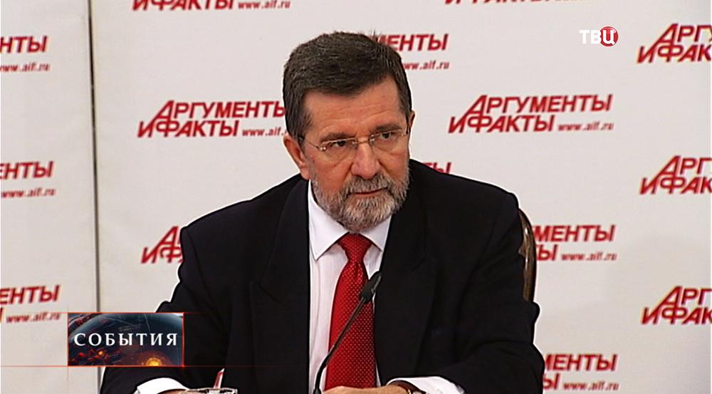 Посол Республики Сербии в Москве Славнеко Терзич