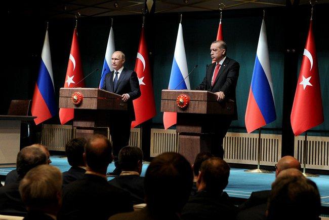 Президент России Владимир Путин и президент Турции Реджеп Тайип Эрдоган на пресс-конференции