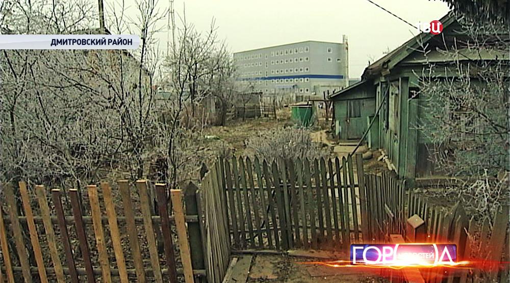 Логистический центр рядом с деревней в Дмитровском районе
