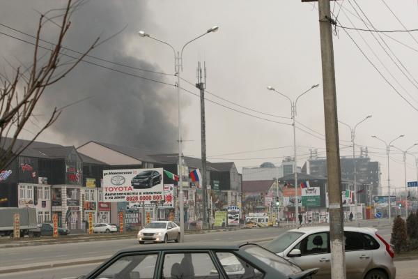 Вид на здание Дома печати, где проходила спецоперация МВД Чеченской Республики по обезвреживанию боевиков незаконного вооруженного формирования в Грозном