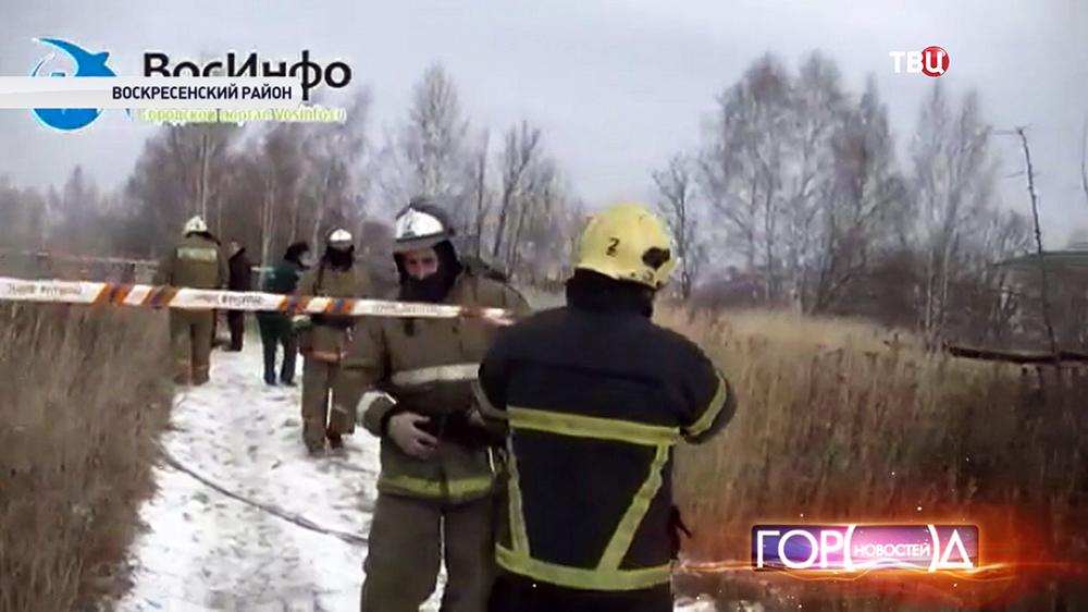 Службы спасения на месте падения МиГ-29