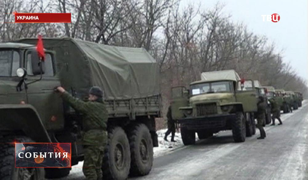 Колонна военной техники народного ополчения Новороссии
