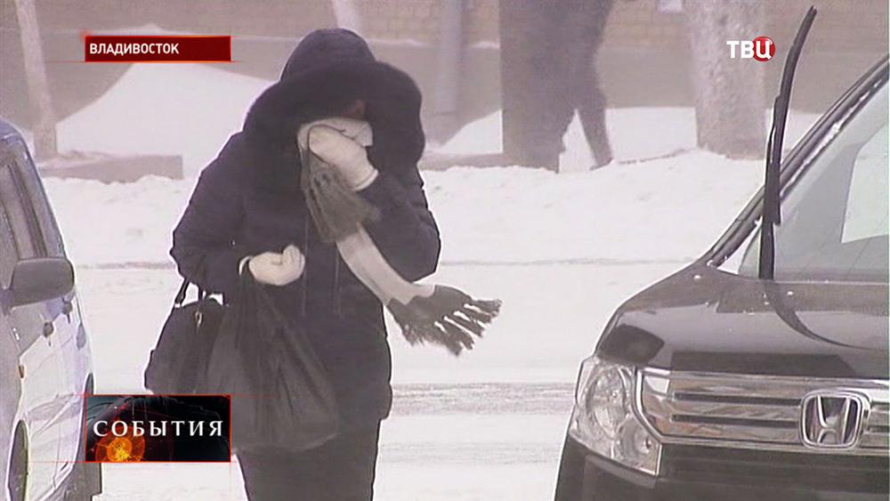 Сильный снегопад во Владивостоке