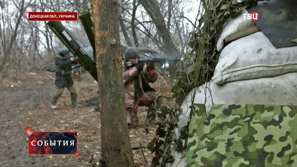 """Украинкий батальон """"Киборг"""" ведет стрельбу"""