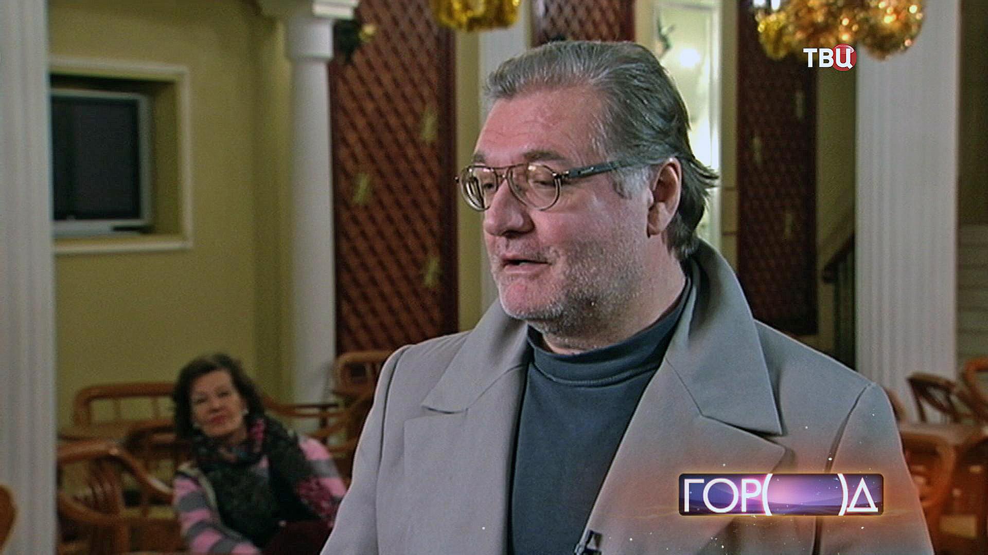 Народный артист России Владимир Симонов