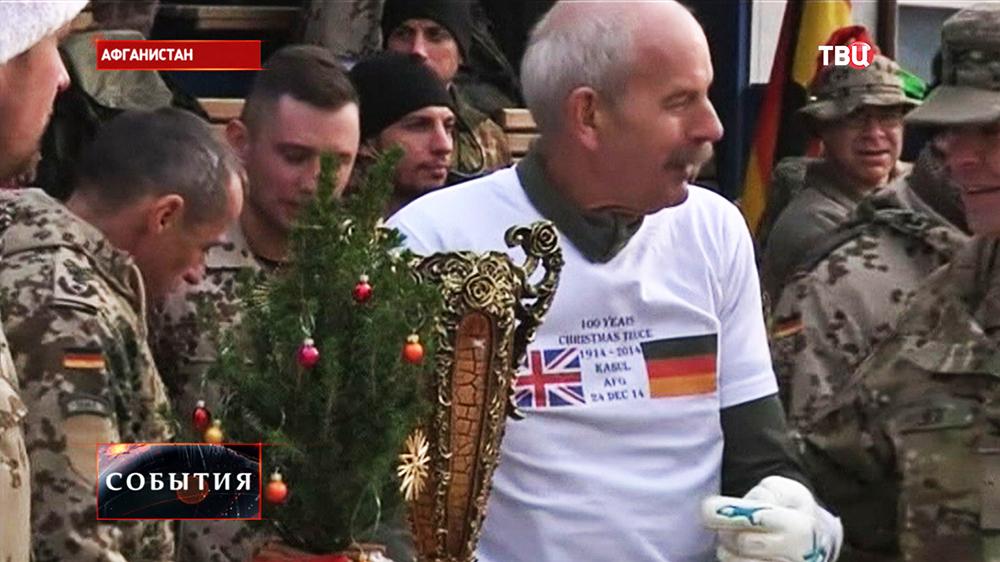 Футбольный матч между военнослужащими Великобритании и Германии прошел в Кабуле