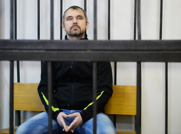 Фотограф Дмитрий Лошагин в суде