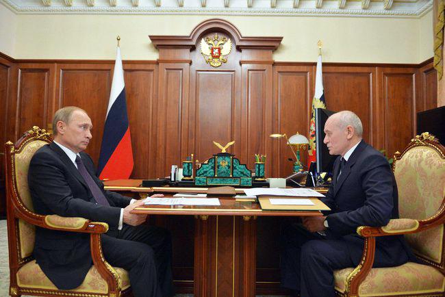 Президент России Владимир Путин и президент Республики Башкортостан Рустэм Хамитов