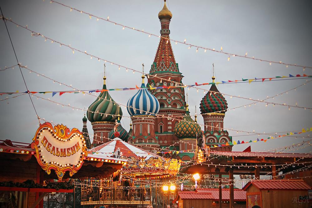 Новогодняя ярмарка на Красной площади