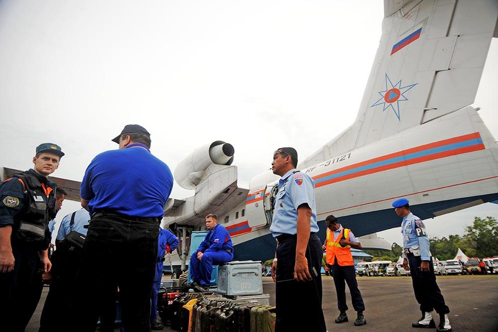 Спасатели МЧС прибыл в Индонезию