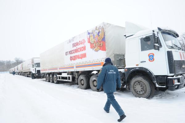 Грузовые автомобили с российской гуманитарной помощью