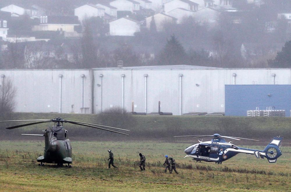 ВВС Франции на месте захвата заложников