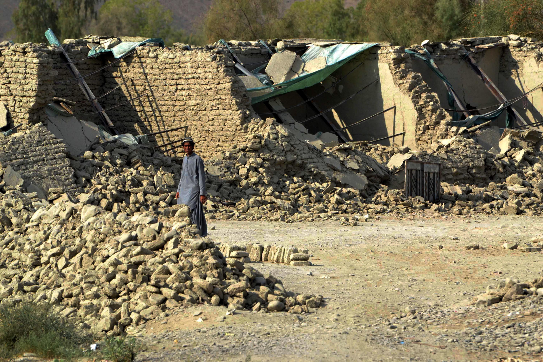 Последствия землетрясения в пакистанской провинции Белуджистан