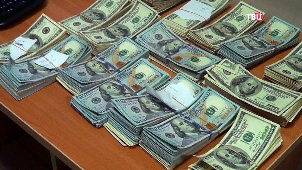 Прикарпатський підприємець видурив у своїх друзів-бізнесменів понад $200 тисяч, та 13 років переховувася за кордоном