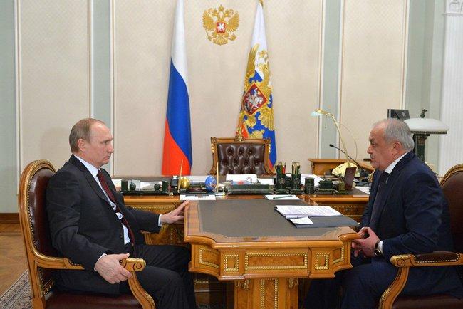 Владимир Путин с главой Северной Осетии Таймуразом Мамсуровым