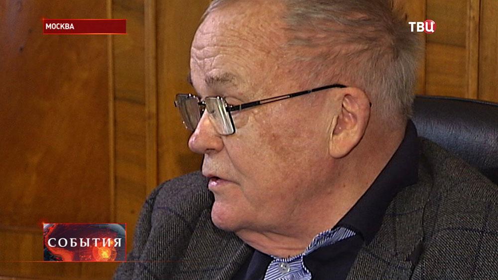 Физик, академик Евгений Велихов