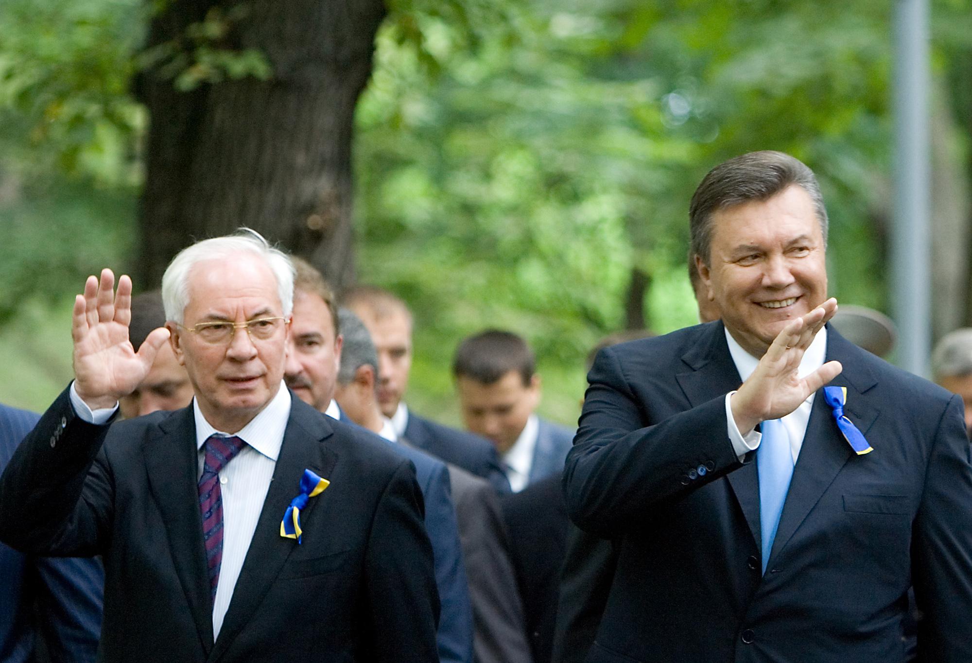Бывший премьер-министр Украины Николай Азаров и экс-президент Украины Виктор Янукович