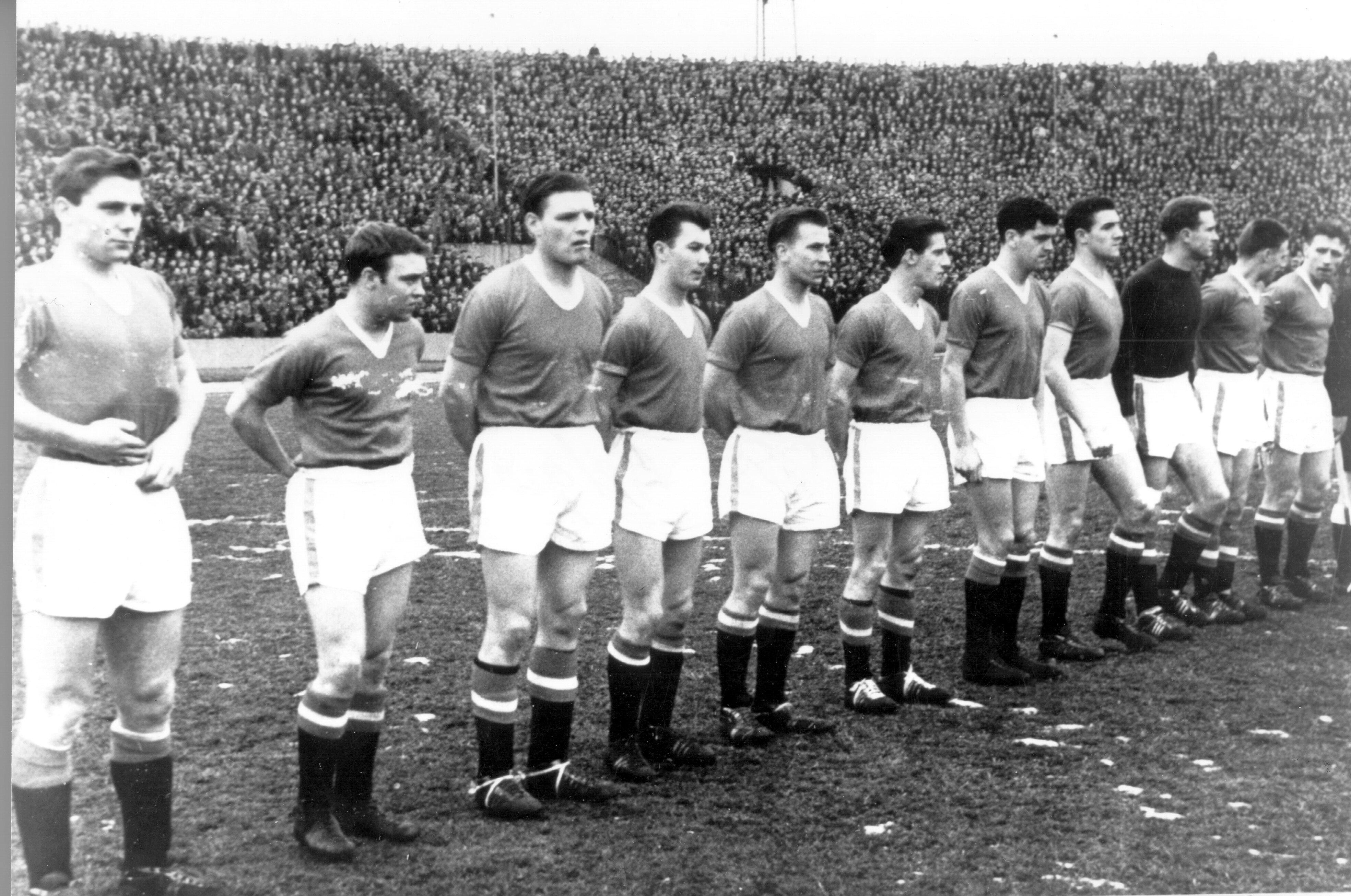 """Команда """"Манчестер Юнайтед"""" незадолго до мюнхенской авиакатастрофы"""