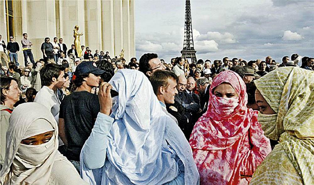 038 Франция: мусульмане не оказывают помощи беженцам Анализ - прогноз