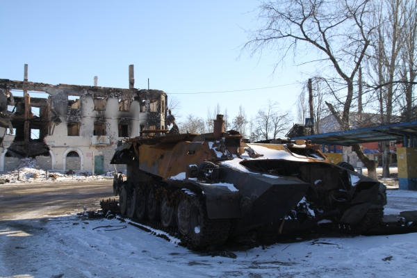 Сгоревшая военная техника