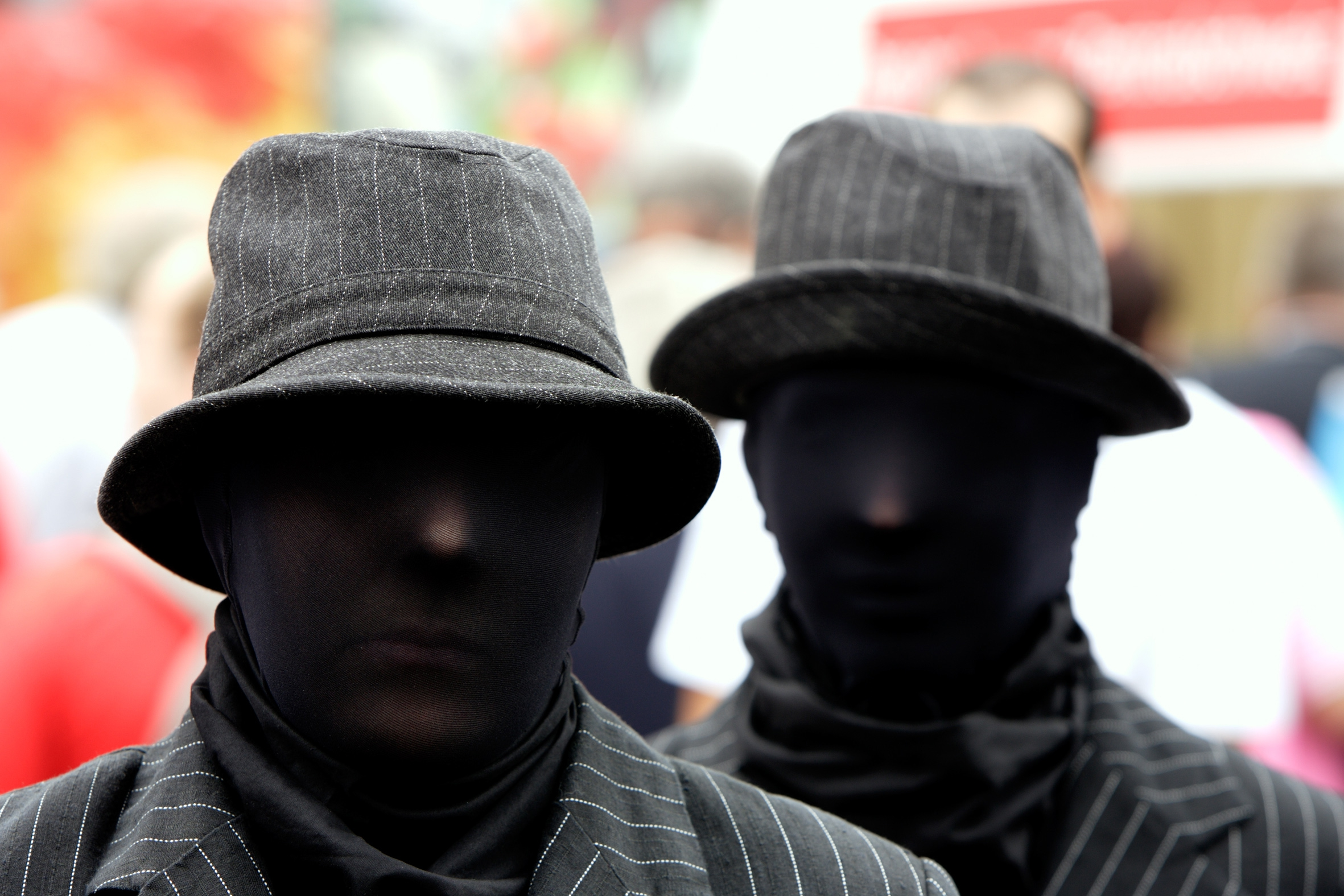 Грабители в масках