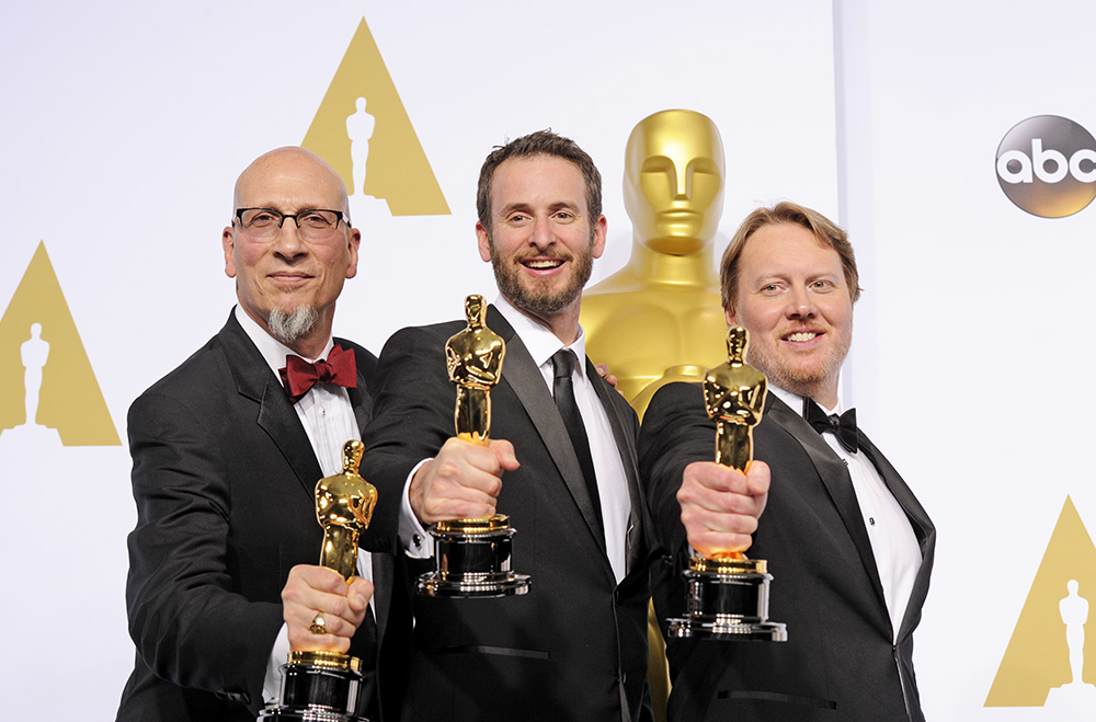 """Победители в наминации премии """"Оскар"""" за лучший анимационный фильм """"Город героев"""""""