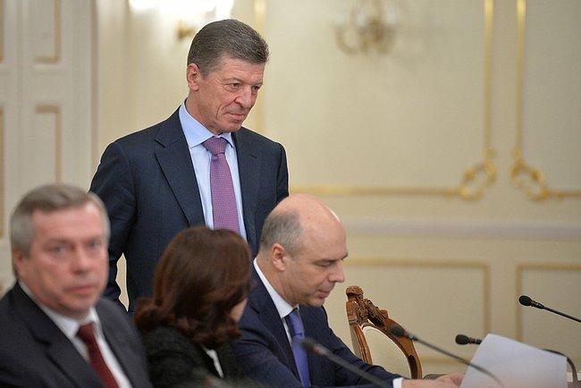 Вице-премьер РФ Дмитрий Козак и министр финансов Антон Силуанов