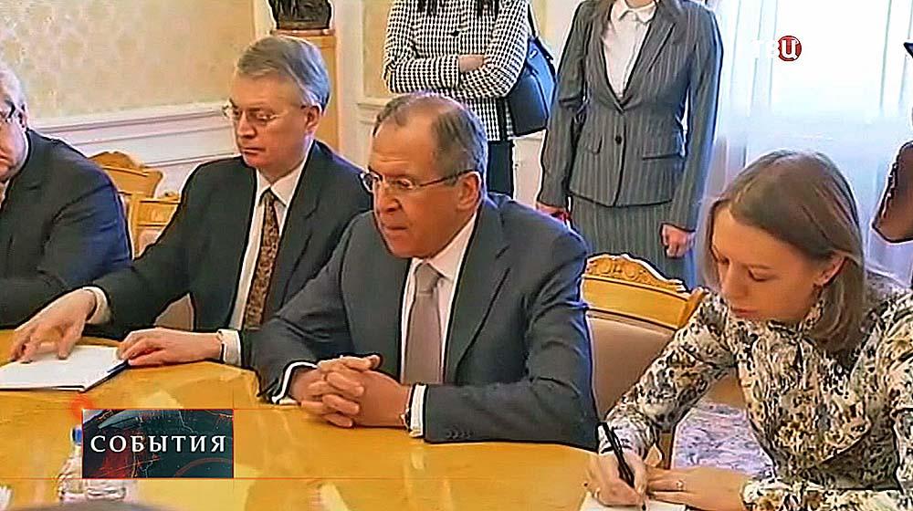 Сергей Лавров на встрече со спикером сената Франции Жераром Ларше
