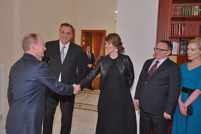 Владимир Путин встретился со съёмочной группой фильма «Батальонъ»