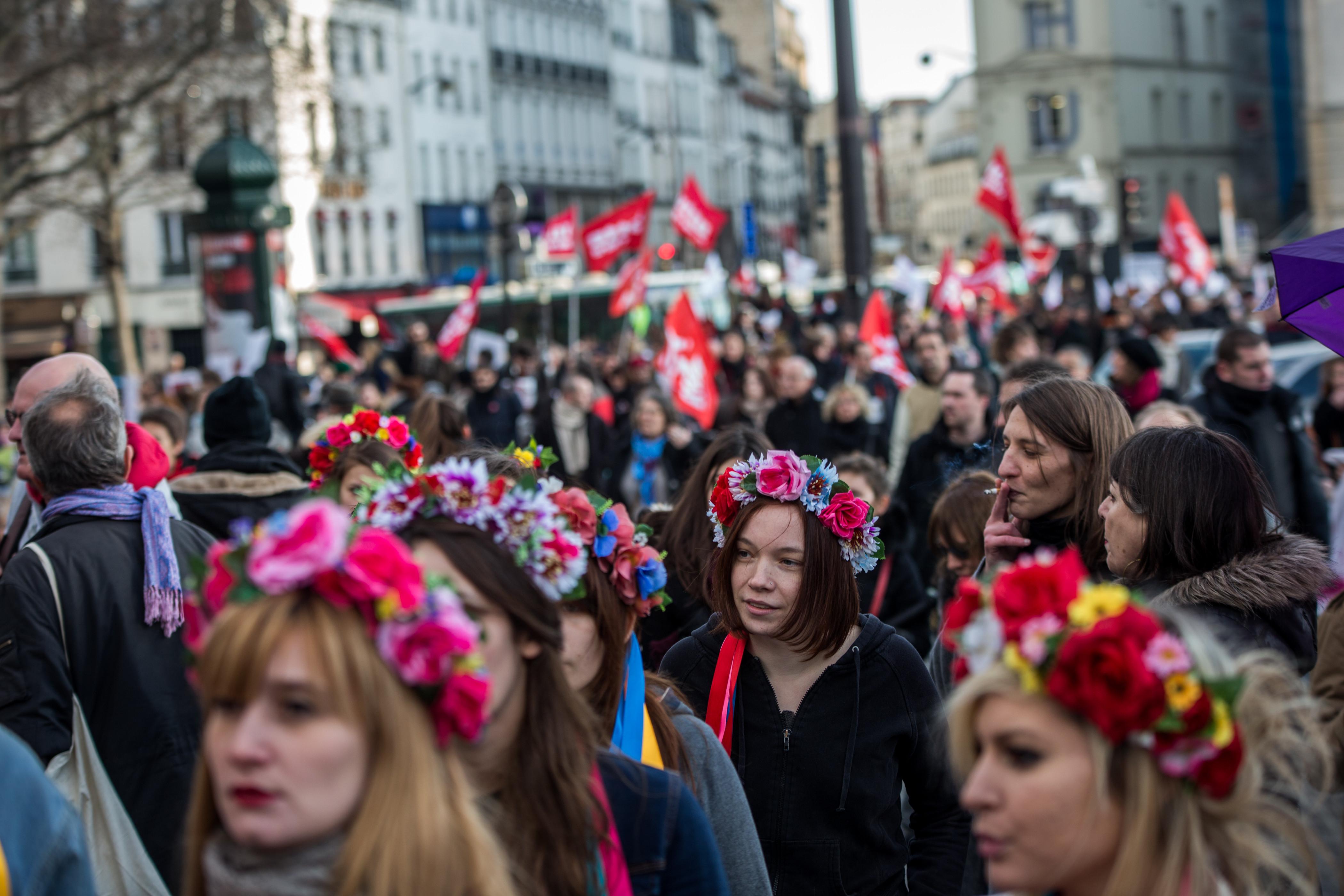 смогла сделать международный женский день фото выглядят