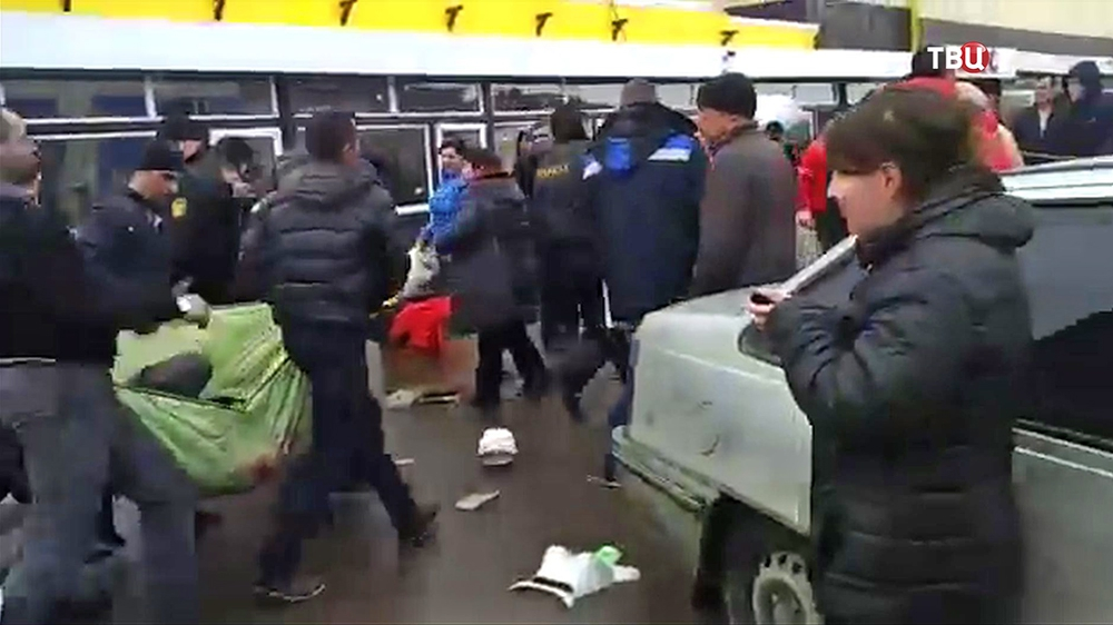 """Пострадавшие при пожаре в ТЦ """"Адмирал"""" в Казани"""